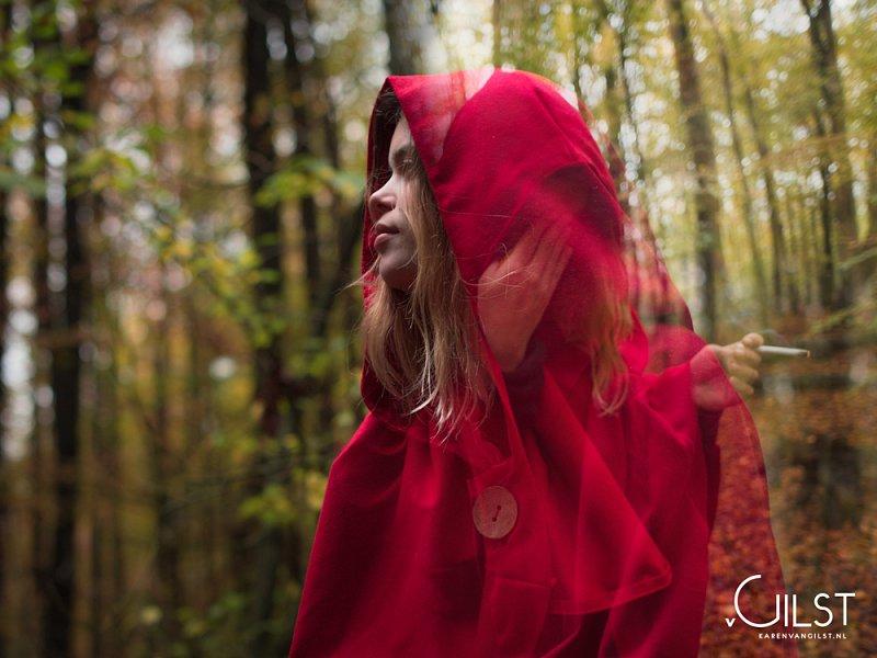 roodkapje-01-karenvangilstfotografie,medium_large.1416500301.jpg