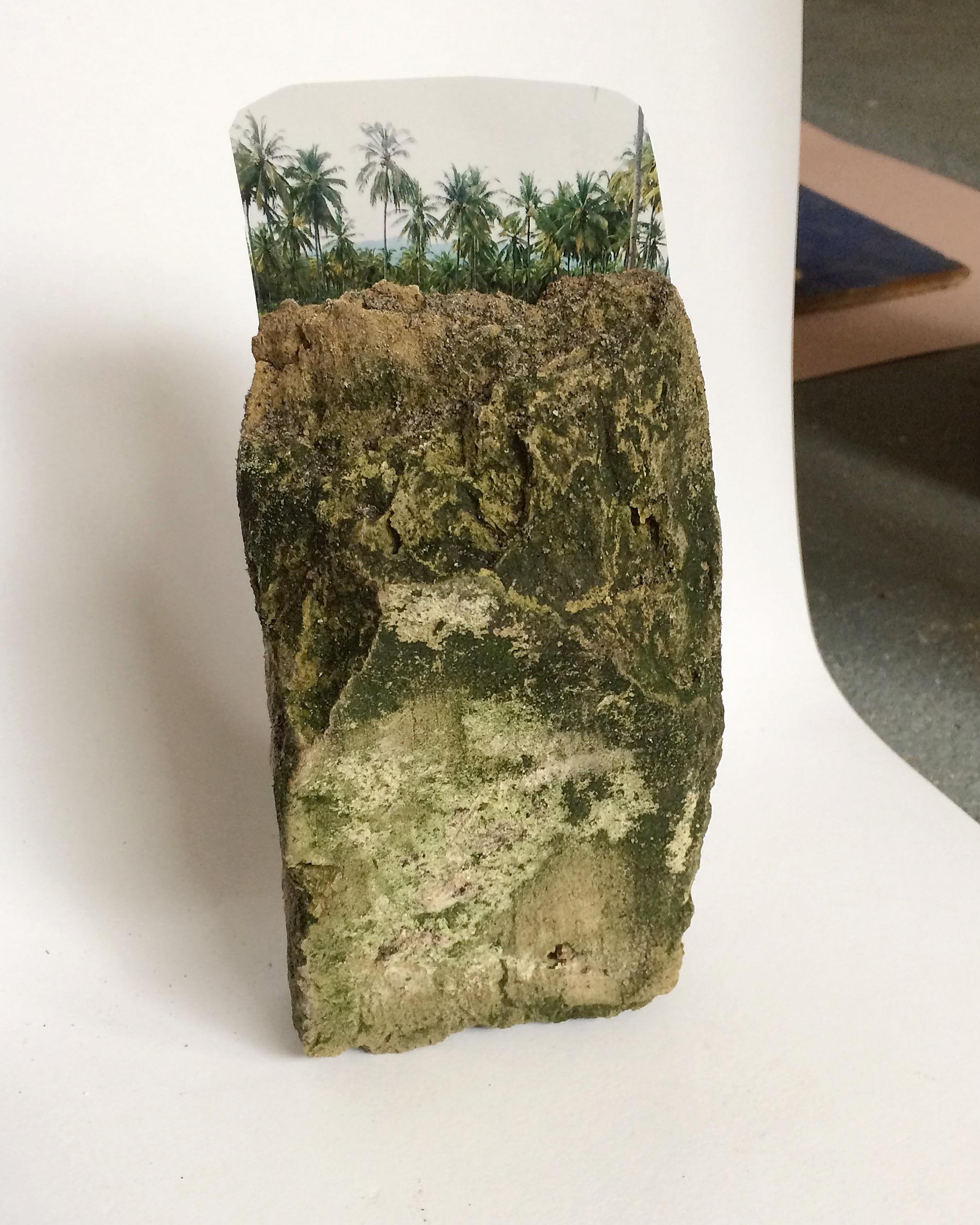 Nog steeds geen titel, sculptuur 2019, steen, foto.png