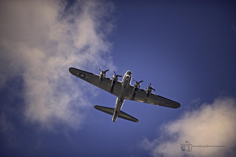 Bowing B-17 Over Head - web.jpg