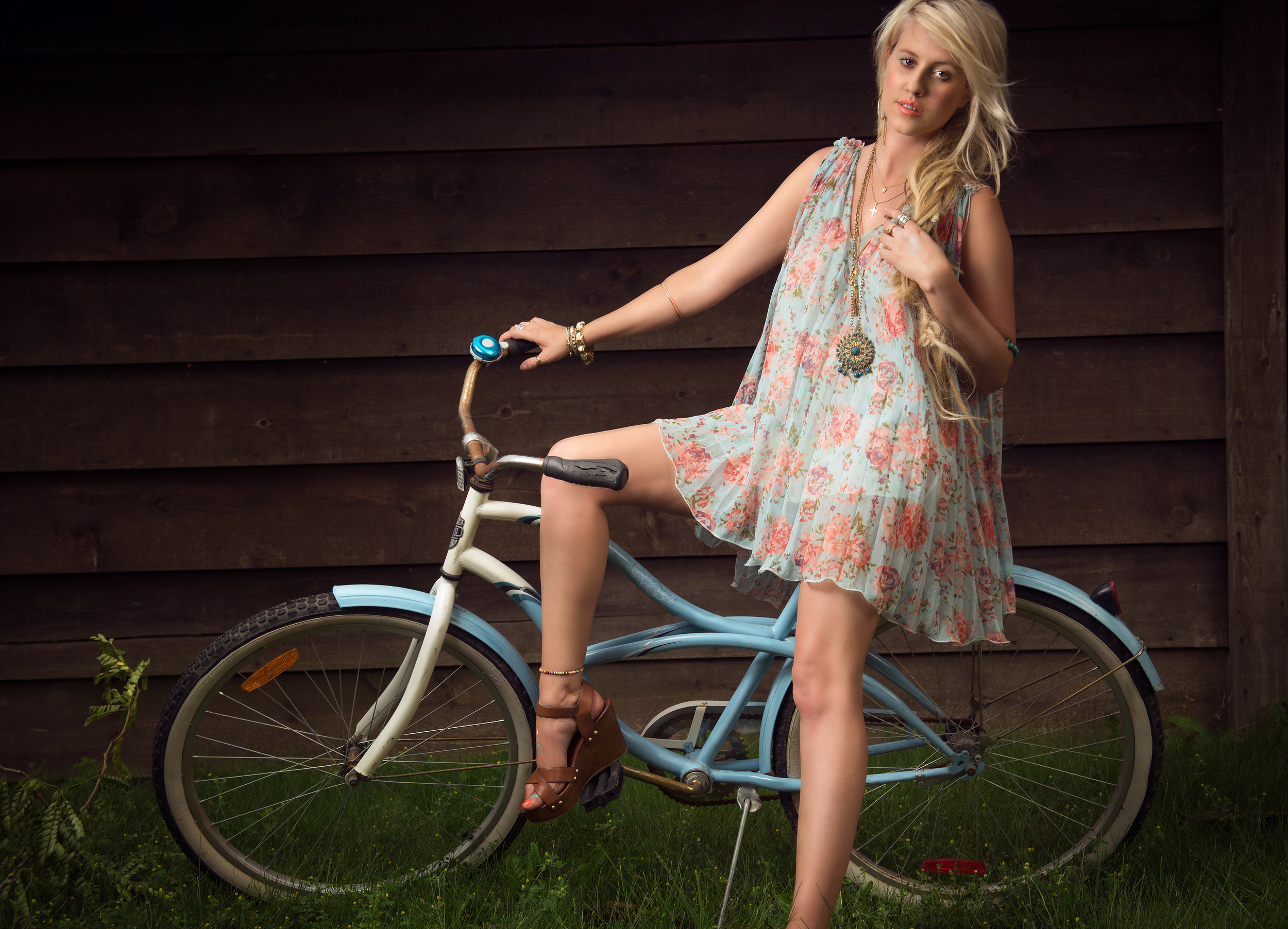 BOHEMIAN BIKE RIDE © Kevin Vyse Photography 2015