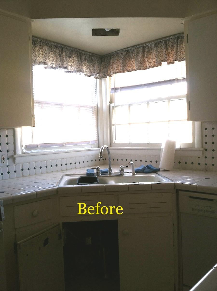 Rexford kitchen before.JPG