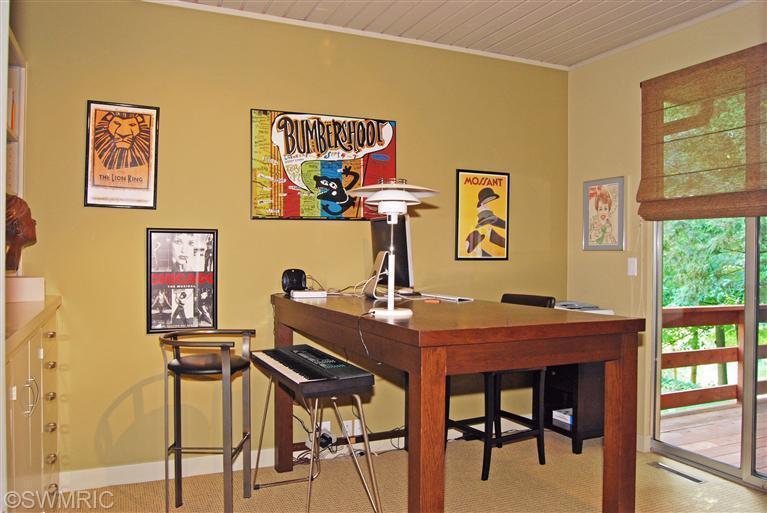 25old-office.jpg
