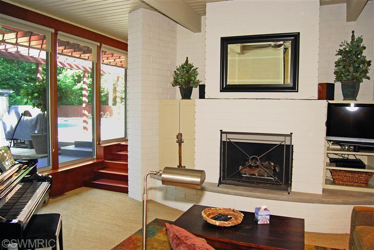 29old-fireplace.jpg