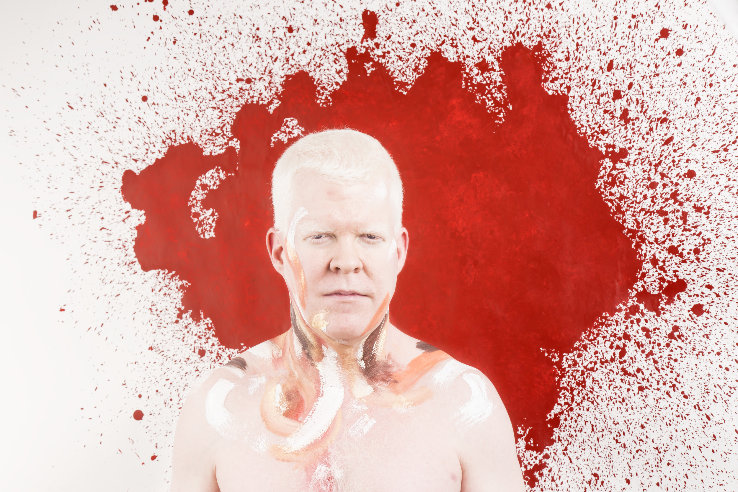 Albino Portrait with painting- Paul- Facemotions Photography.jpg