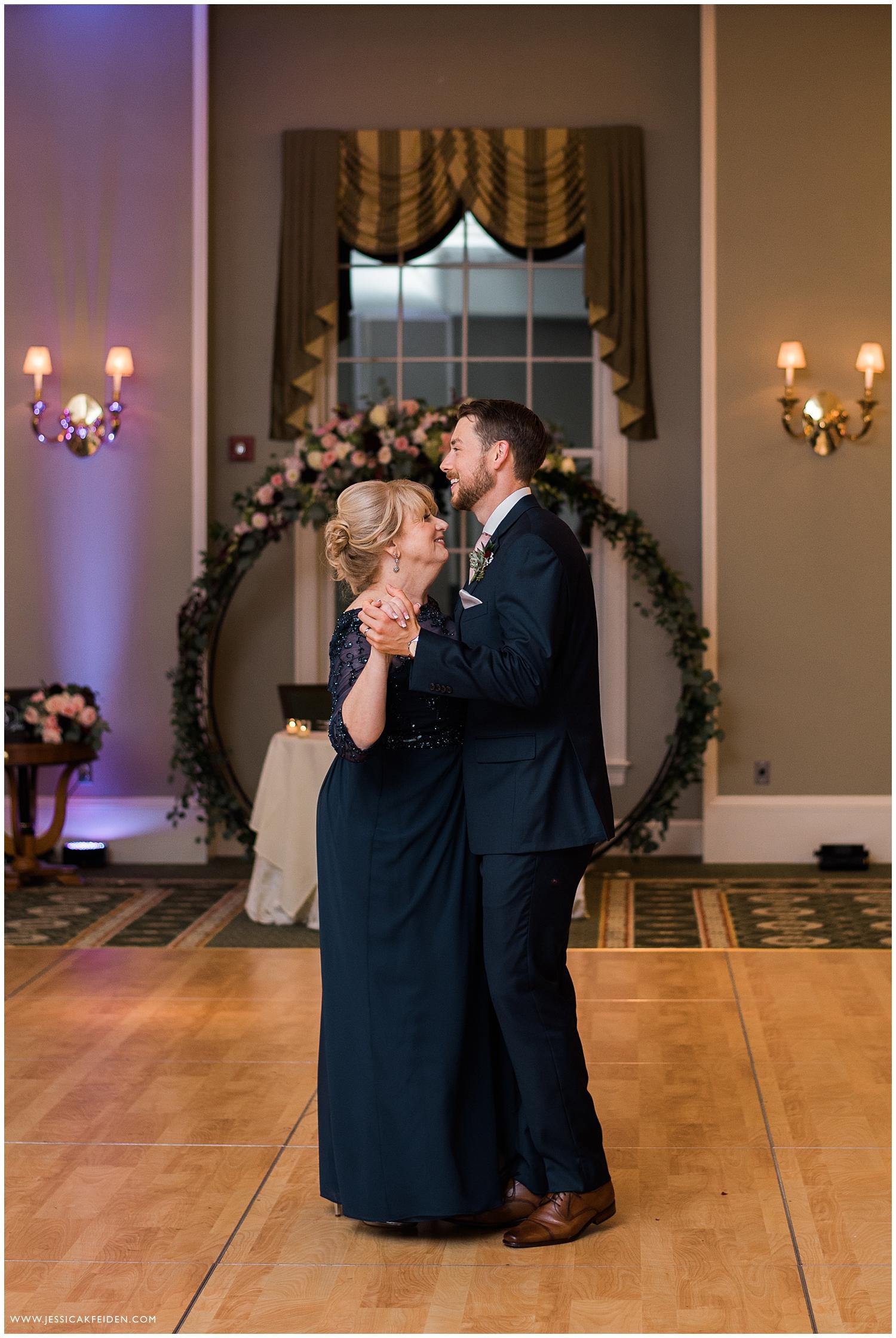 Jessica K Feiden Photography_Charter Oak Country Club Wedding_0055.jpg