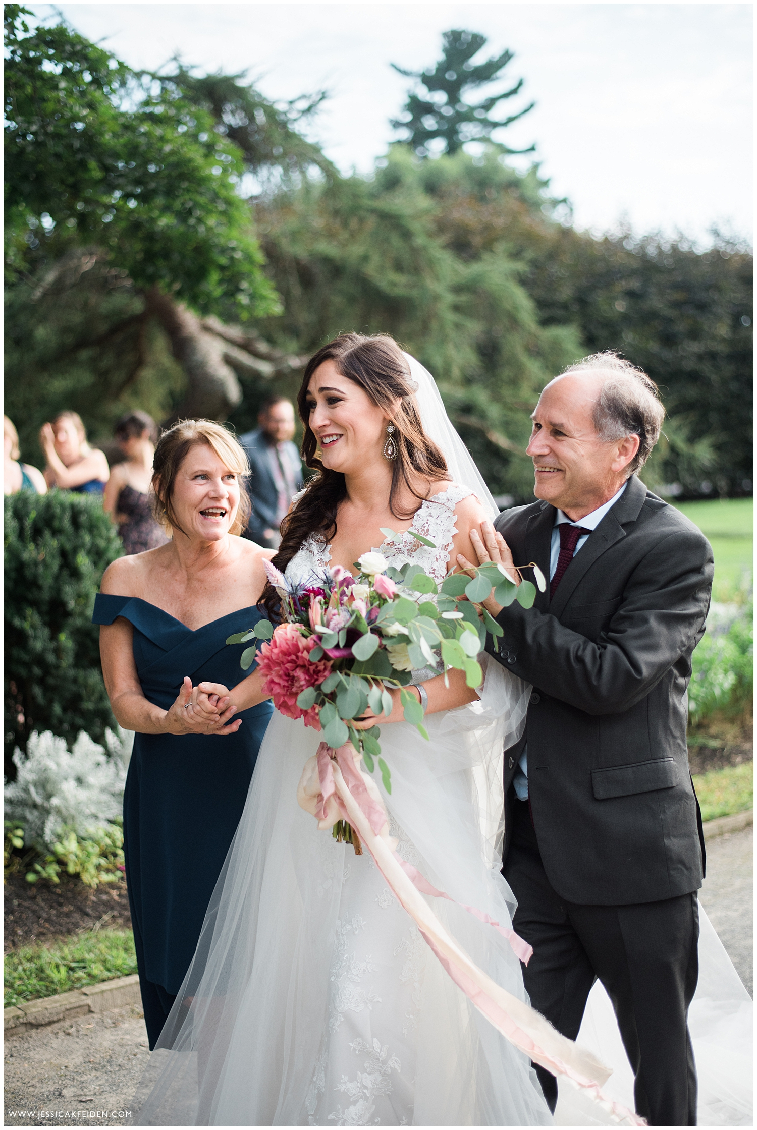 Jessica K Feiden Photography_Gardens at Elm Bank Wedding_0024.jpg