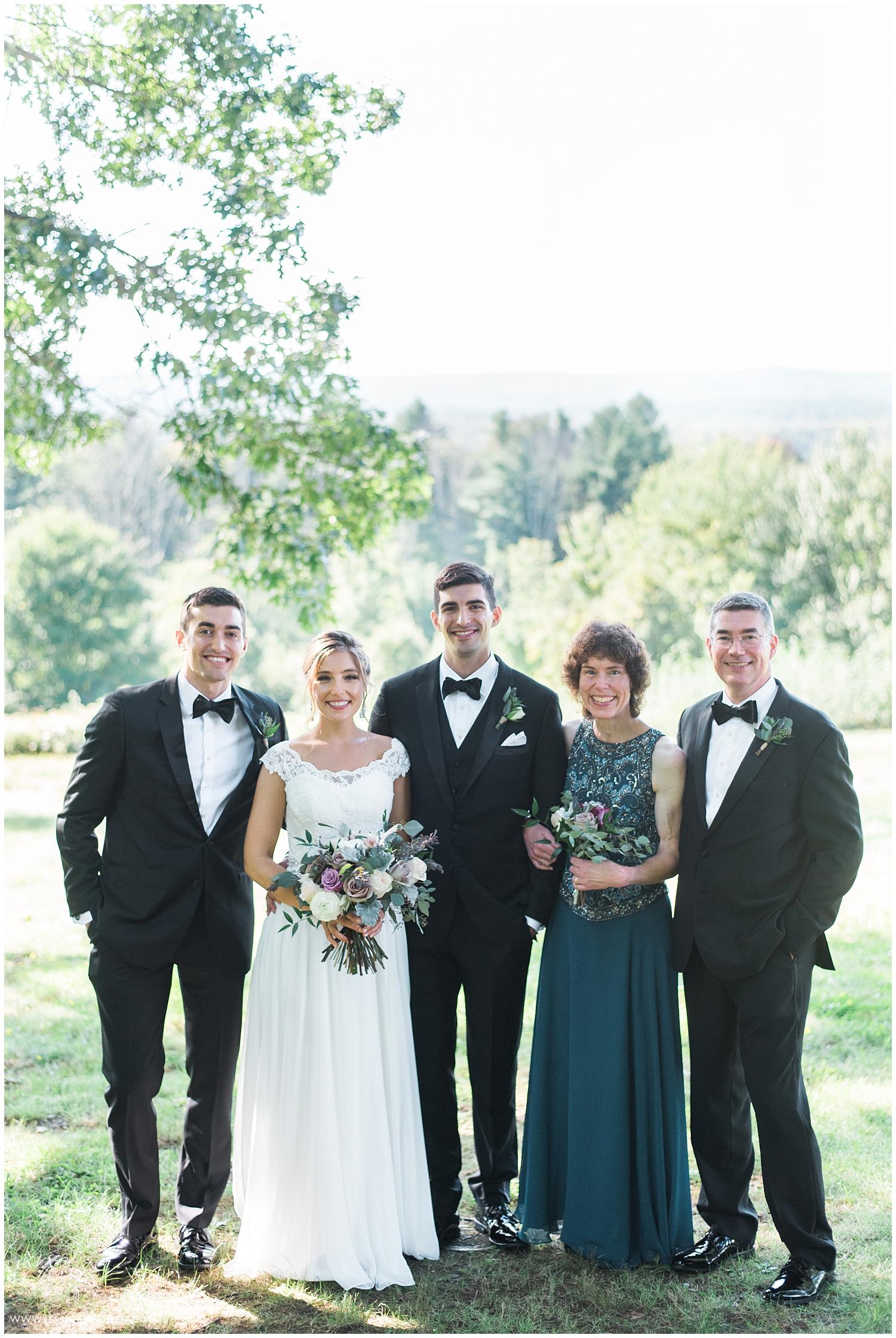 Jessica K Feiden Photography_The Fruitlands Museum Wedding_0025.jpg
