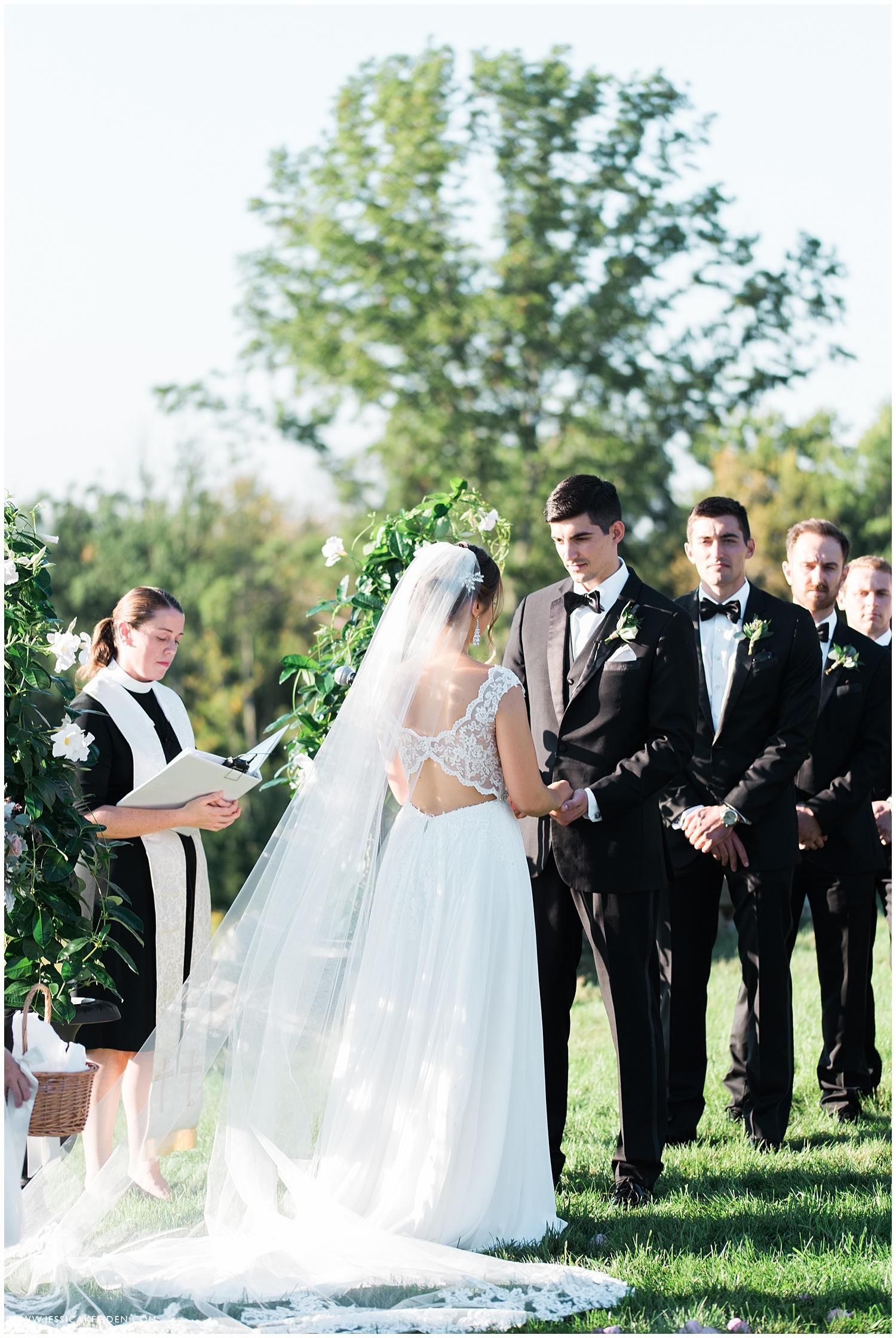 Jessica K Feiden Photography_The Fruitlands Museum Wedding_0041.jpg