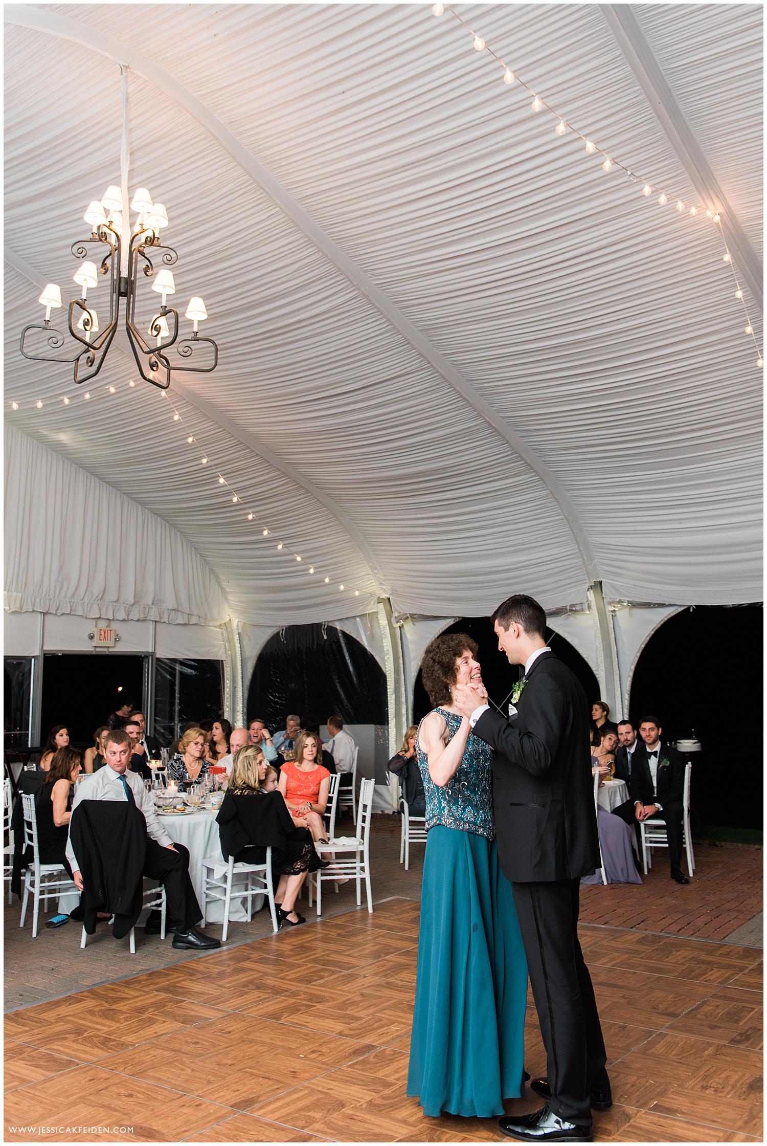 Jessica K Feiden Photography_The Fruitlands Museum Wedding_0070.jpg