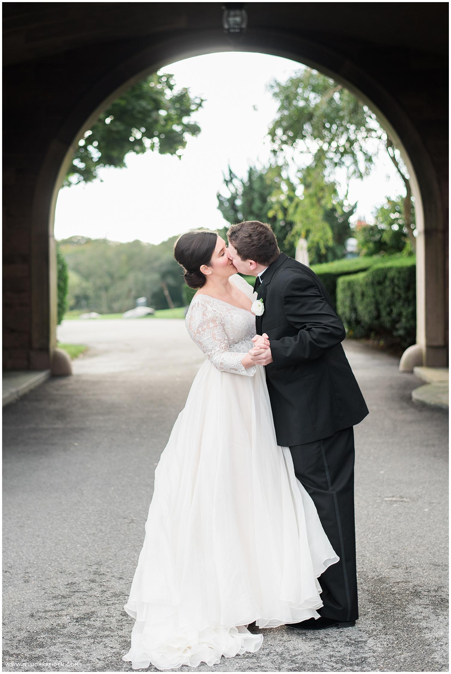 Jessica K Feiden Photography_OceanCliff Rhode Island Wedding Photographer_0048.jpg