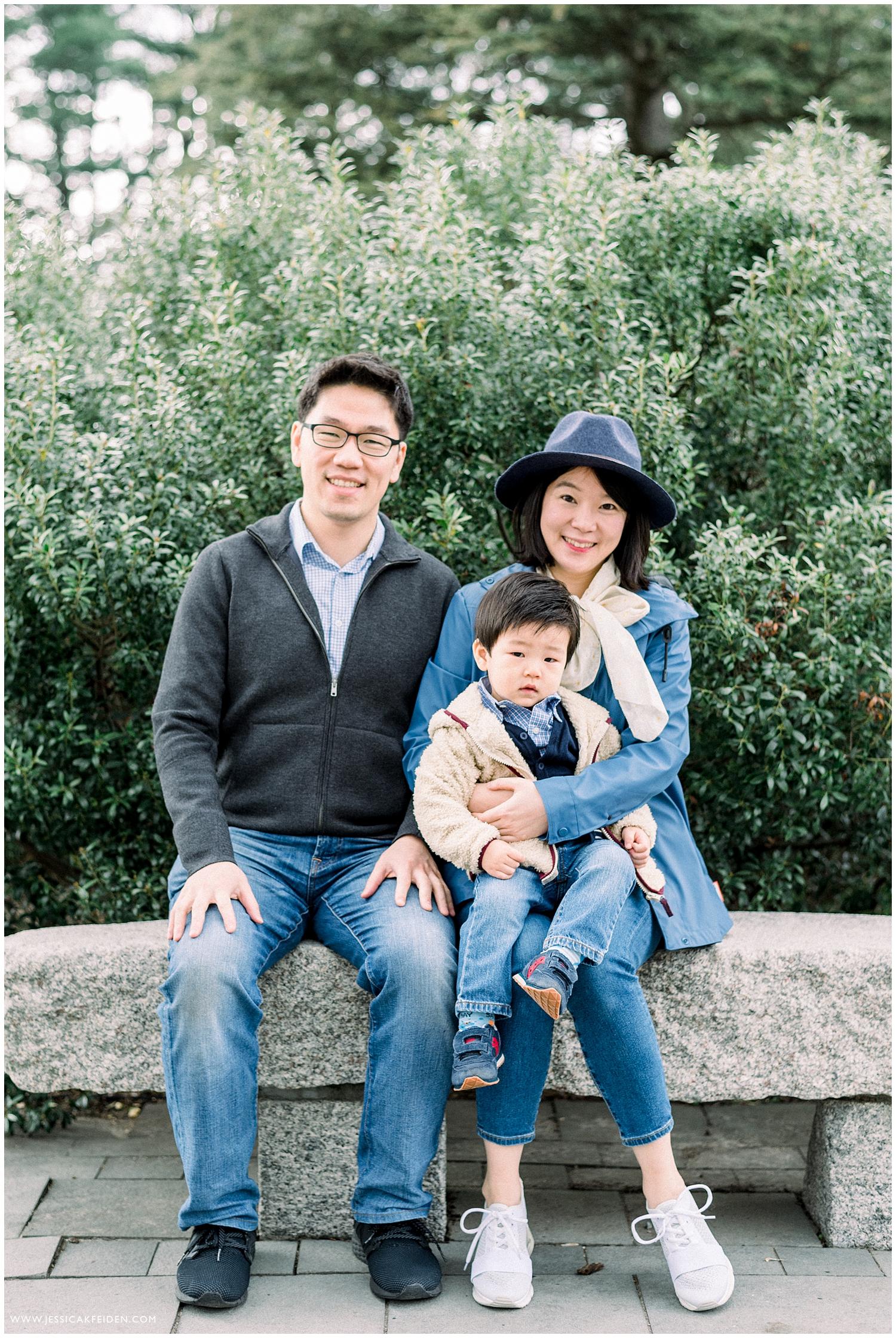 Jessica K Feiden Photography_Arnold Arboretum Spring Family Portrait Session Photographer_0001.jpg