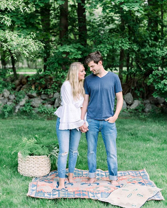 🚨 GIVEAWAY ALERT! 🚨 With lots of wedding proposals popping up on my feed over the last month, I think its time for a fun engagement session giveaway! The session must be redeemed in the Boston area by July 18. In order to enter, TAG A FRIEND in the comments below and FOLLOW @jessicakfeiden for a chance to win. Giveaway goes until Friday, June 21.