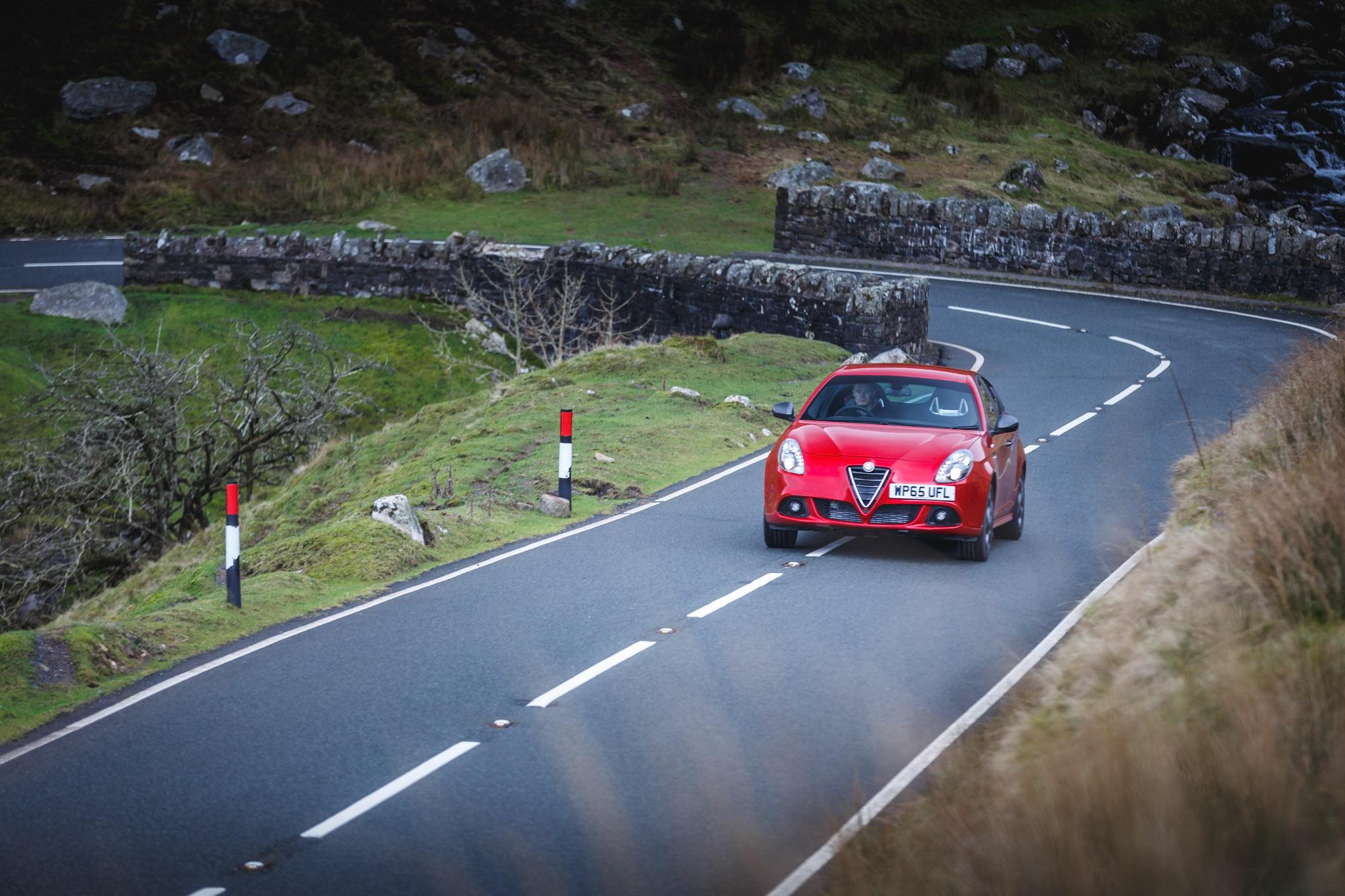 Alfa Romeo (30).jpg