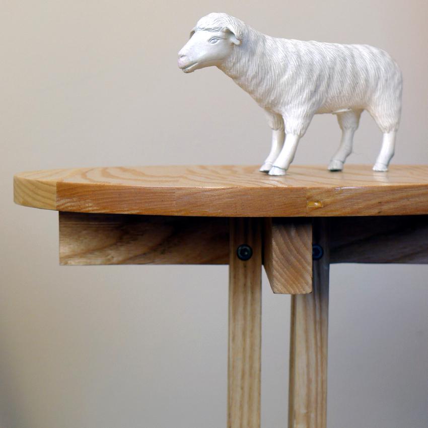 Die Melkman    Side table