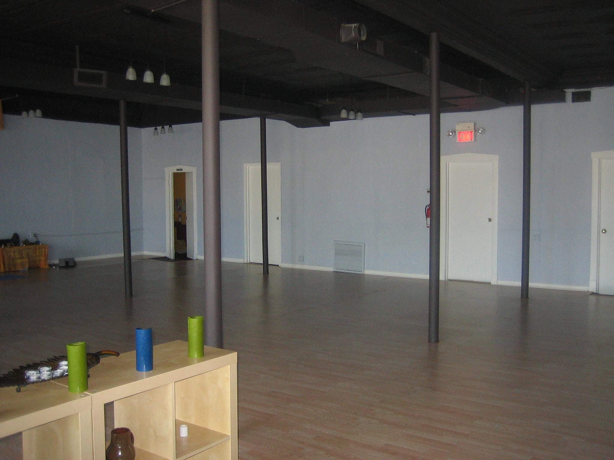 Ahimsa Yoga Oak Park 001.JPG