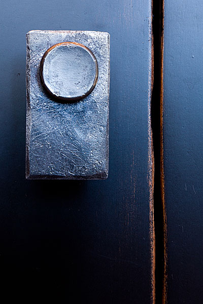 mounted knob.jpg