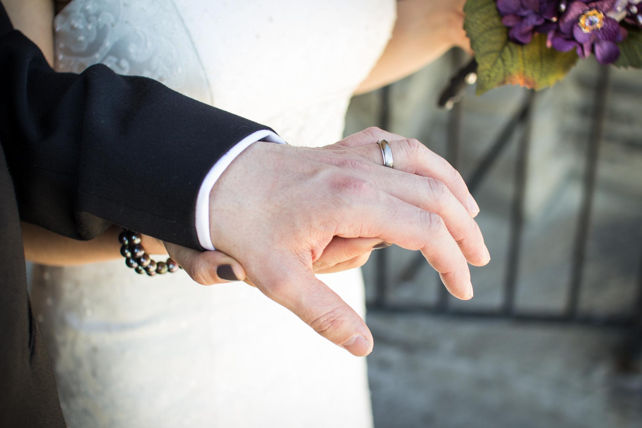 Toronto Wedding Photographer - 37 - 2489.jpg