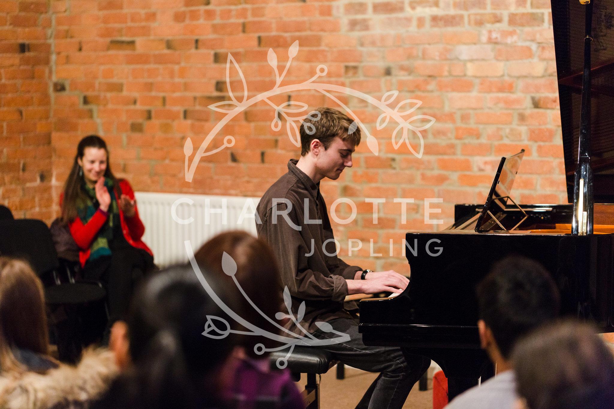 Stepping-Stones-Voicebox-Concert-2018-by-Charlotte-Jopling-78.jpg