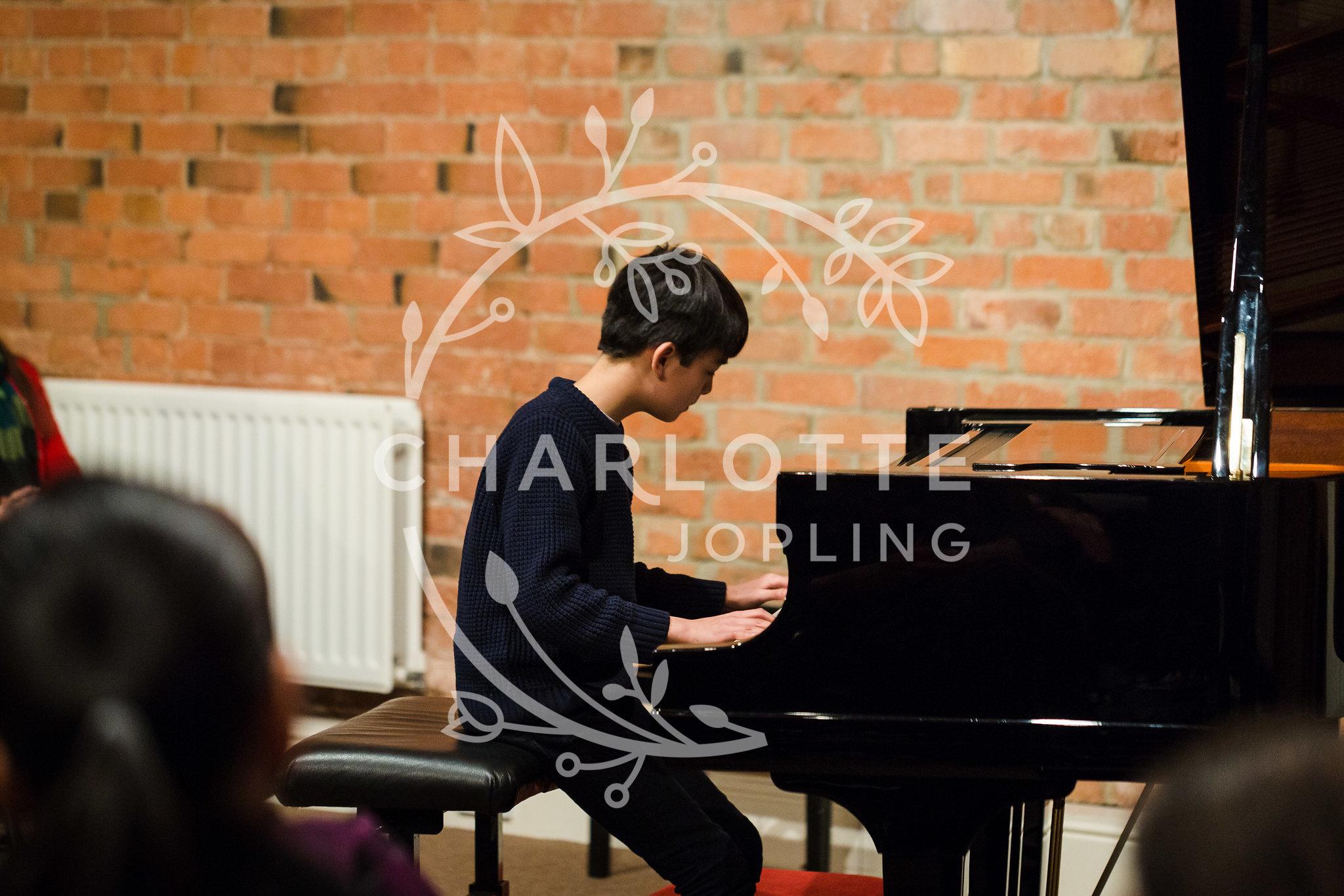Stepping-Stones-Voicebox-Concert-2018-by-Charlotte-Jopling-99.jpg