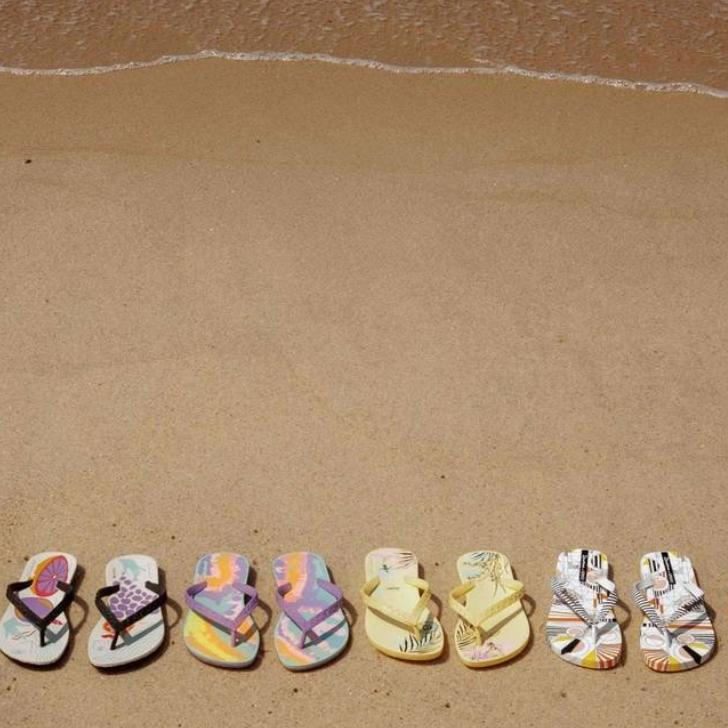 02/2019_ clique na imagem para O Globo      Marcas cariocas criam coleção de sandálias com inspiração do surf ao genderless