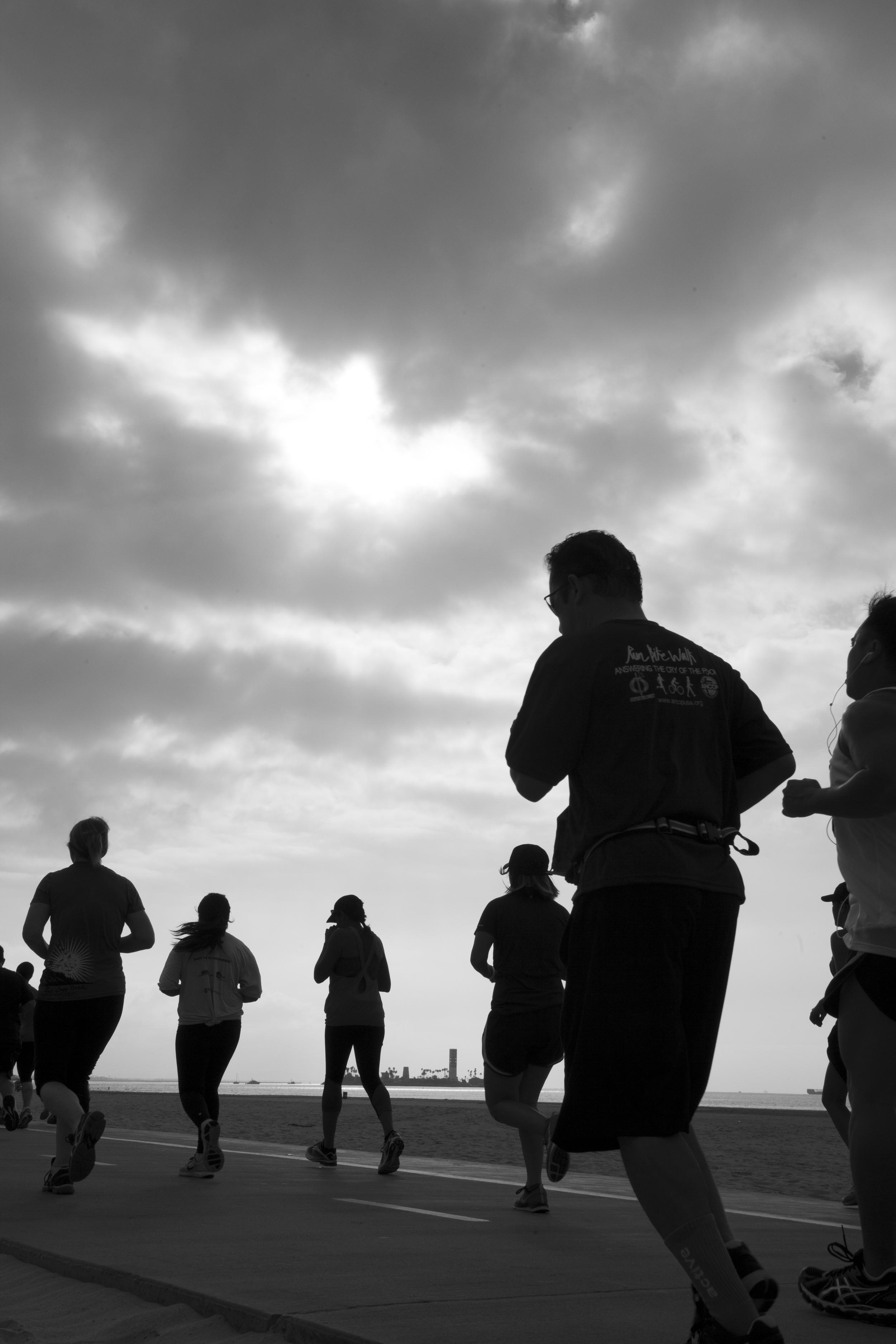 Runners push on at the Long Beach half & full marathon.