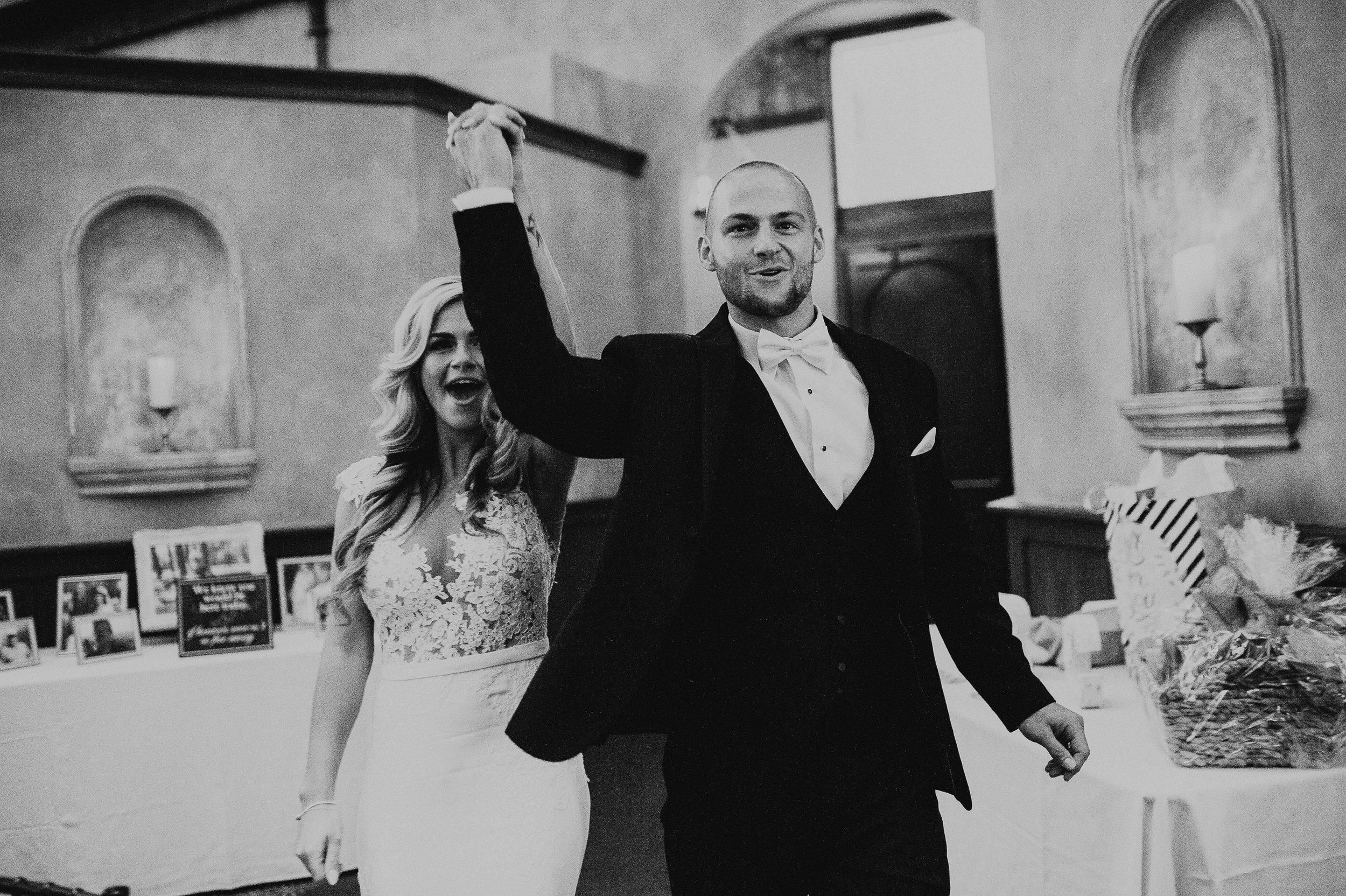 0587_20170819 Randi and Chance Wedding.jpg