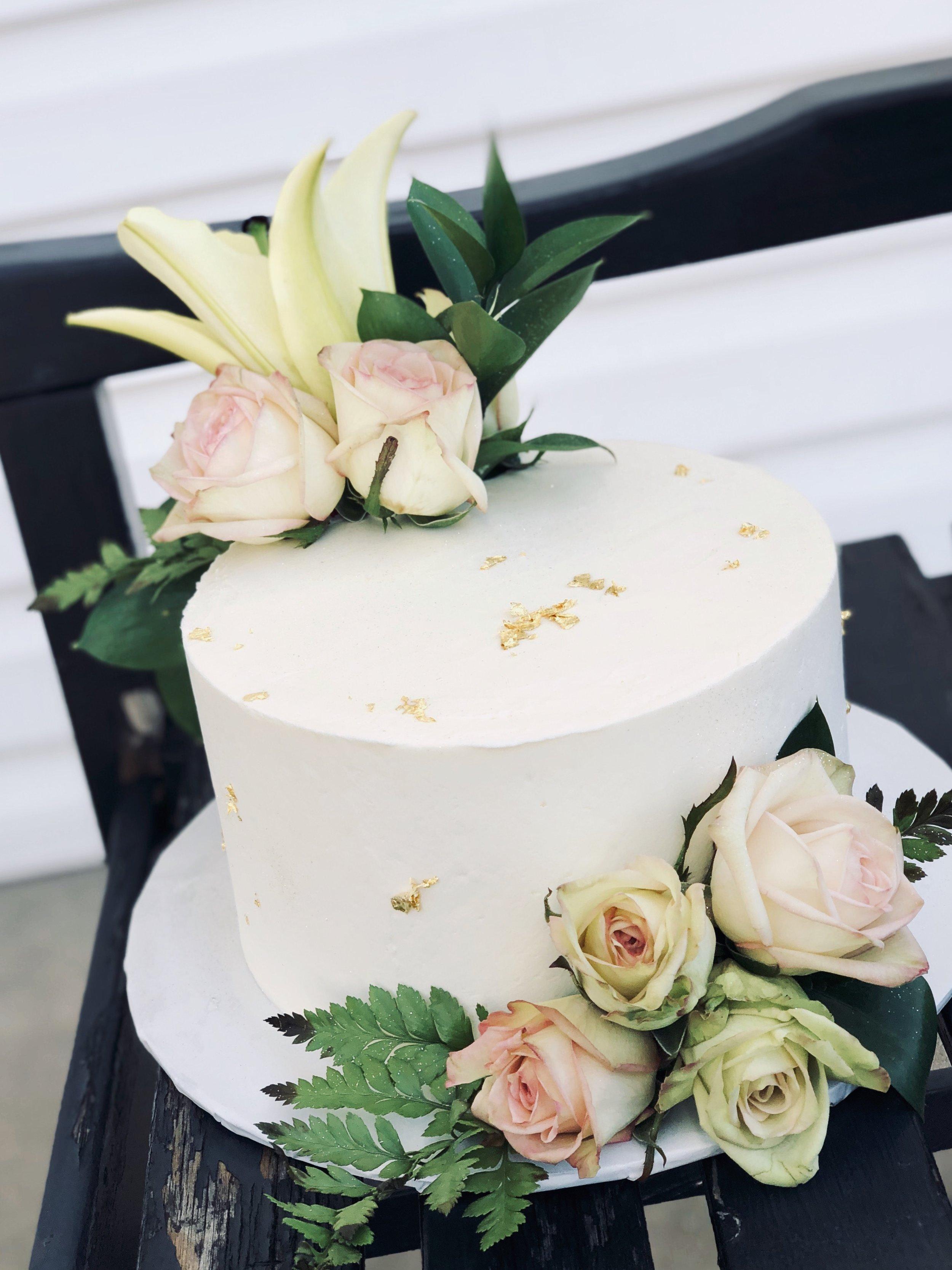 gold leaf floral cake.jpg