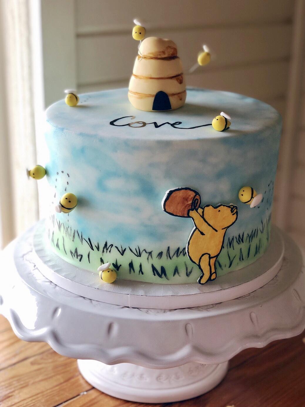 pooh cake.jpg