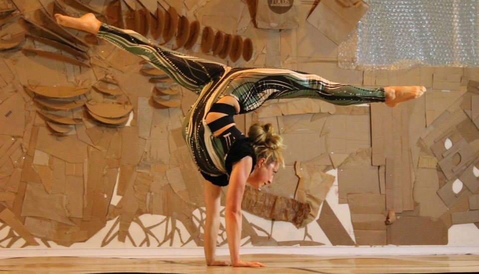 circus - contortion hand balancing.jpg