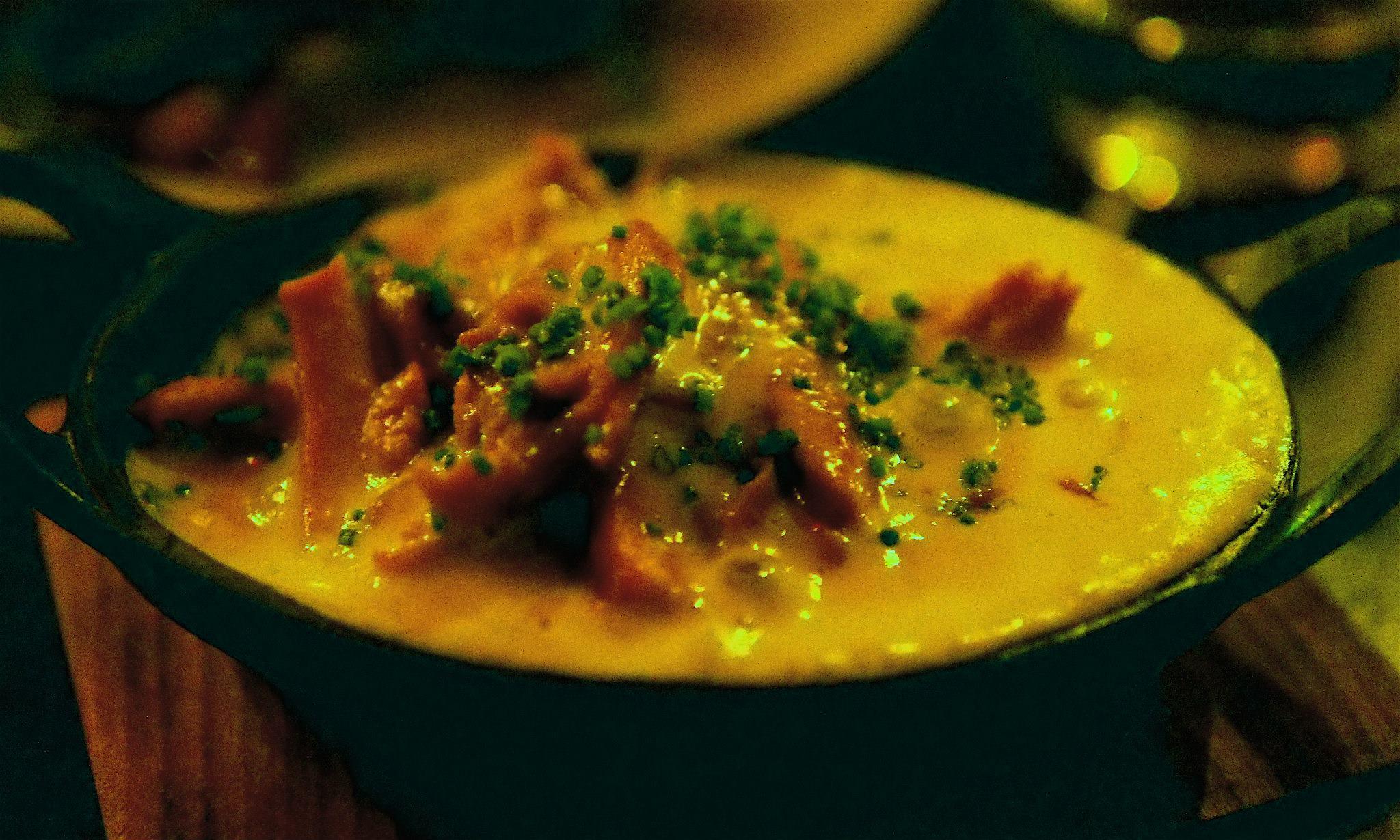 Dark meat chunks with amazing, flavorful gravy