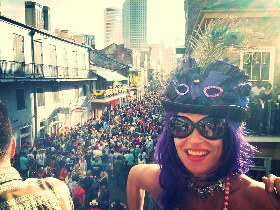 Best Affordable Bourbon 2020 Mardi Gras Tour Packages | New Orleans | French Quarter Bourbon