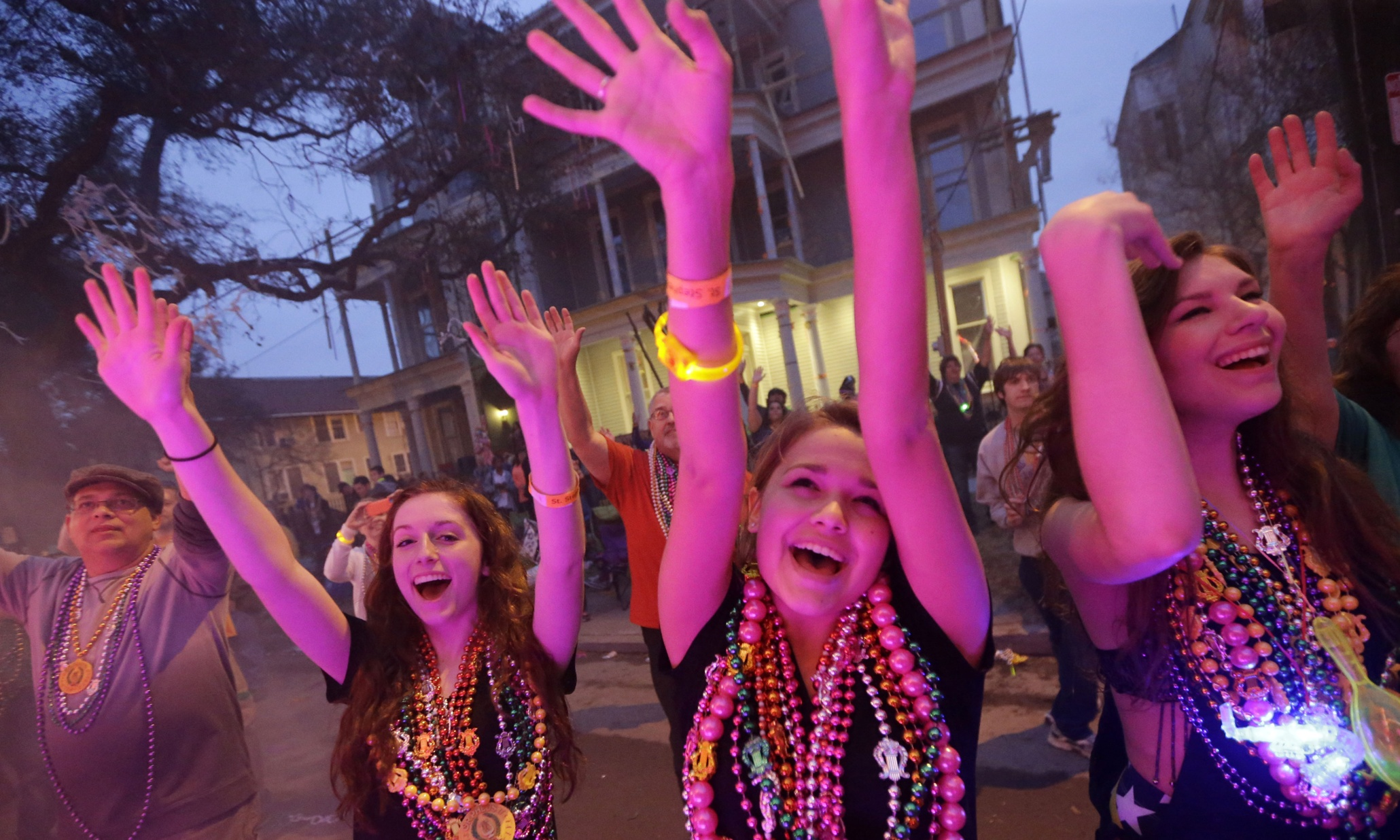 Mardi Gras Beads (2).jpg