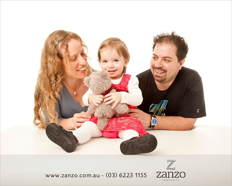 Bahr018_hobart baby photo-hobart family photography-tasmanian kids photos-portraits.jpg