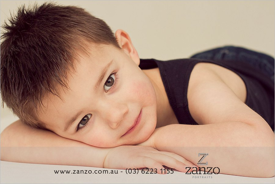 Cox055_hobart baby photo-hobart family photography-tasmanian kids photos-portraits.jpg