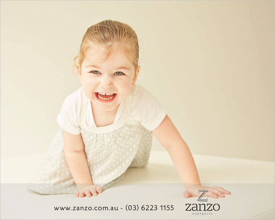 Engel024_hobart baby photo-hobart family photography-tasmanian kids photos-portraits.jpg