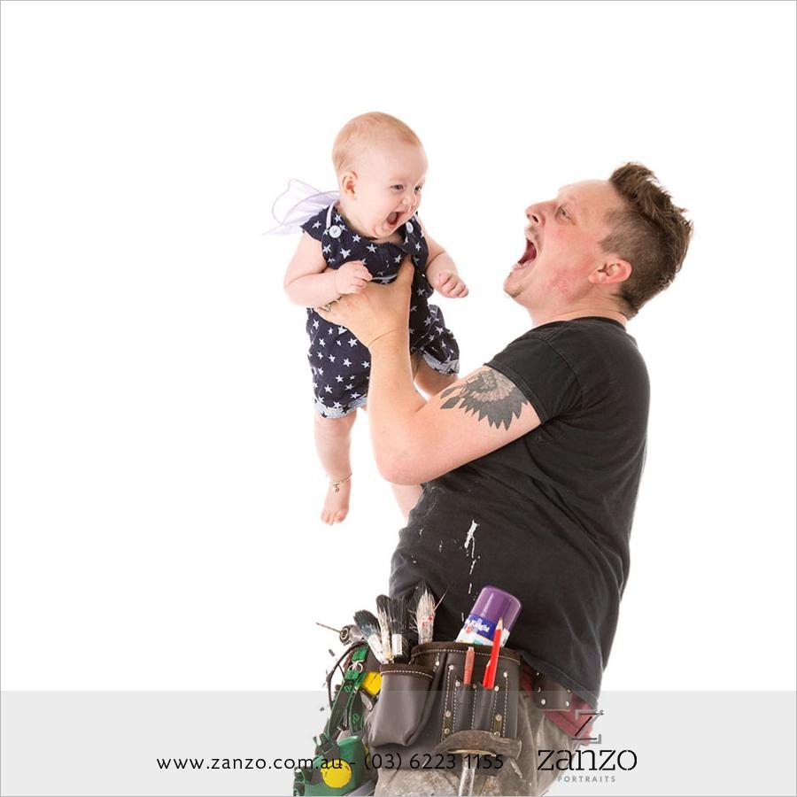 Zanzo-portraits-family-fun-costumes-photography