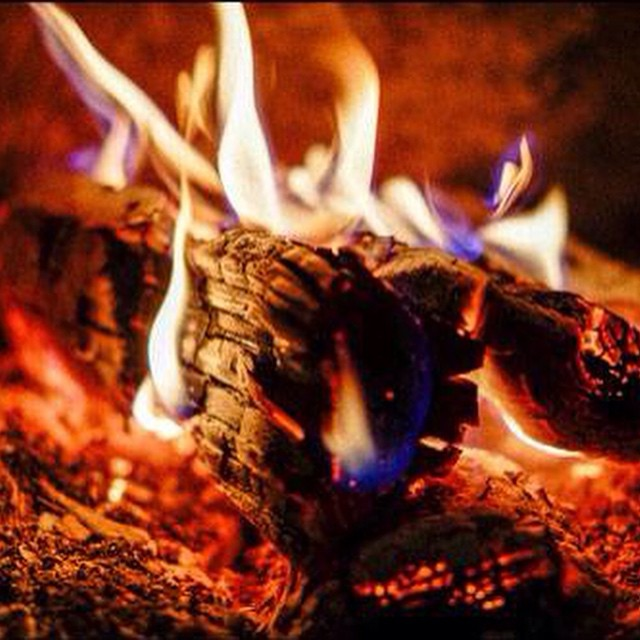 Weird Word Origin of the Week: Before 'backlog' described our to-do lists, it referred to a large piece of wood, placed at the back of a fire to be burned last ‪#‎WWOW‬ ‪#‎wordlove‬ #vocabulary #language #etymology {Image credit: https://flic.kr/p/ndrba4}
