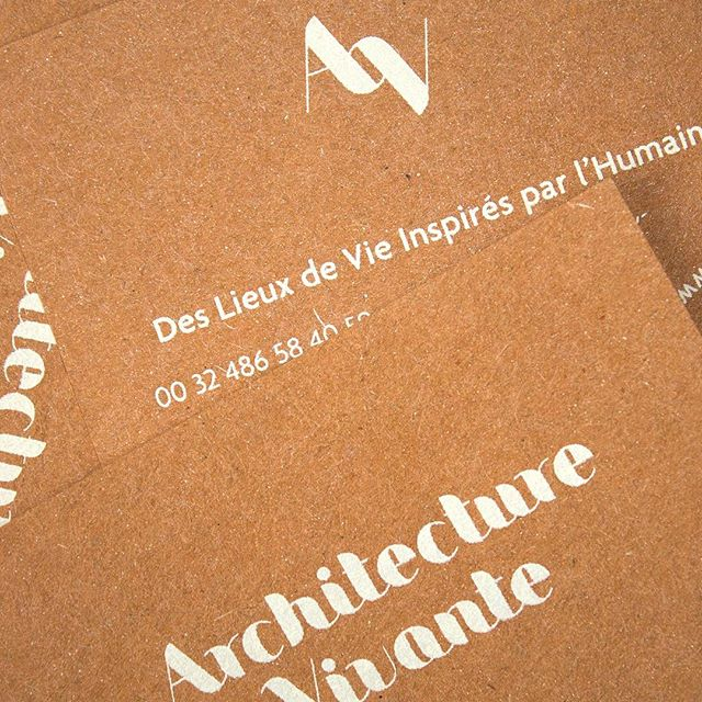 Beautifully printed business card for Architecture Vivante 🙌. Screen print by @clickclickgtaphic . Picture by @esth.poch -  #graphicdesign #businesscards #print #screenprint #architecturevivante #branding #visualidentity #madeinbrussels #madeinbrussels
