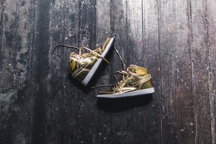 SMGold Nike Air Jordans-5.jpg