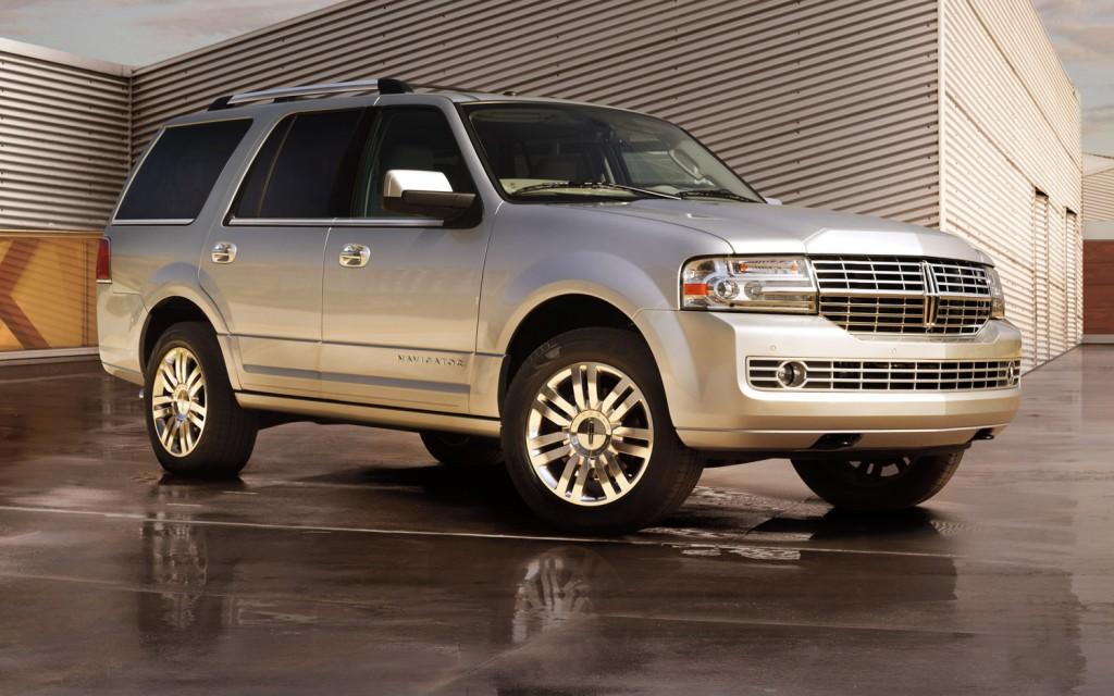 2013-Lincoln-Navigator.jpg