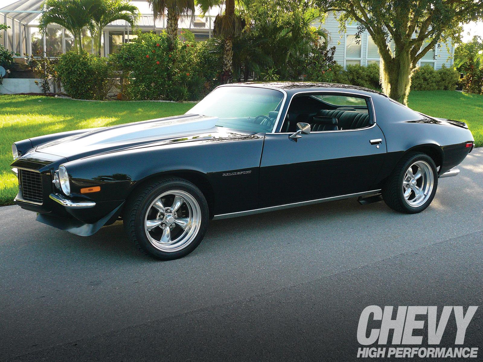 1001chp_01_z+1970_chevy_camaro+restored_classic.jpg
