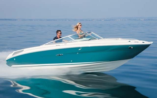 30805_2012_sea_ray_Sport_Boats_210_Overnighter.jpg