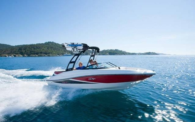 42008_2013_sea_ray_Sport_Boats_190_Sport.jpg