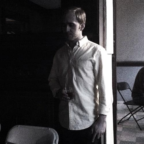 ZACHARY BARR  is a designer, sound engineer and composer.