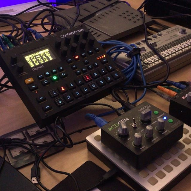ACDGEN also works amazingly well in minimal setups. In this example we're using the ACDGEN to play one of the channels of the @weareelektron Digitakt, without using any other gear.  To make this work you just need to send MIDI Clock from the Digitakt to ACDGEN and then  set ACDGEN to play on MIDI Ch. 10 (which gets automatically routed to the active track on the Digitakt) or to Channels 1-8 to lock it a specific track. You can either keep playing the melodies from ACDGEN and tweak them live or record them into the Digitakt sequencer to permanently store it in the project.  This combo is incredibly fun because of how it allows you to quickly try different melodies and samples.  If you'd like to get on the waiting list for ACDGEN – Hardware Edition, please get in touch!  For more information about ACDGEN, visit http://spektroaudio.com/acdgen-hardware-edition ACDGEN is also available as a Max for Live device at http://spektroaudio.com/acdgen  #acdgen #spektroaudio #midi #sequencer #algorithm #generative #music #generativemusic #synth #synthesizer #studio #proaudio #hardware #standalone #musicinstrument #instrument #audio #digitakt #elektron #sampler #sampling