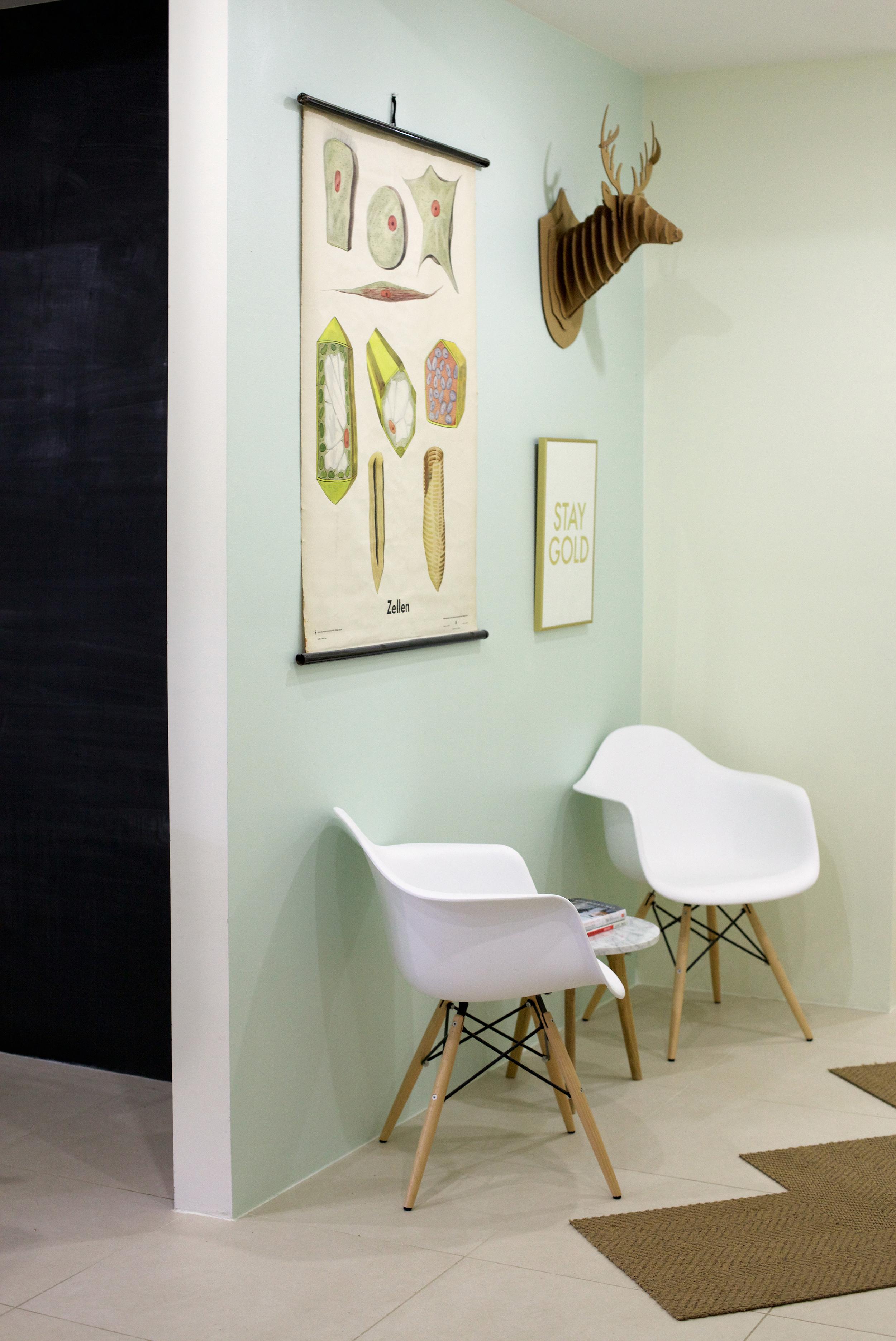 zmaic-one-month-interior-design-kitchen-nook-chalkboard-wall.jpg