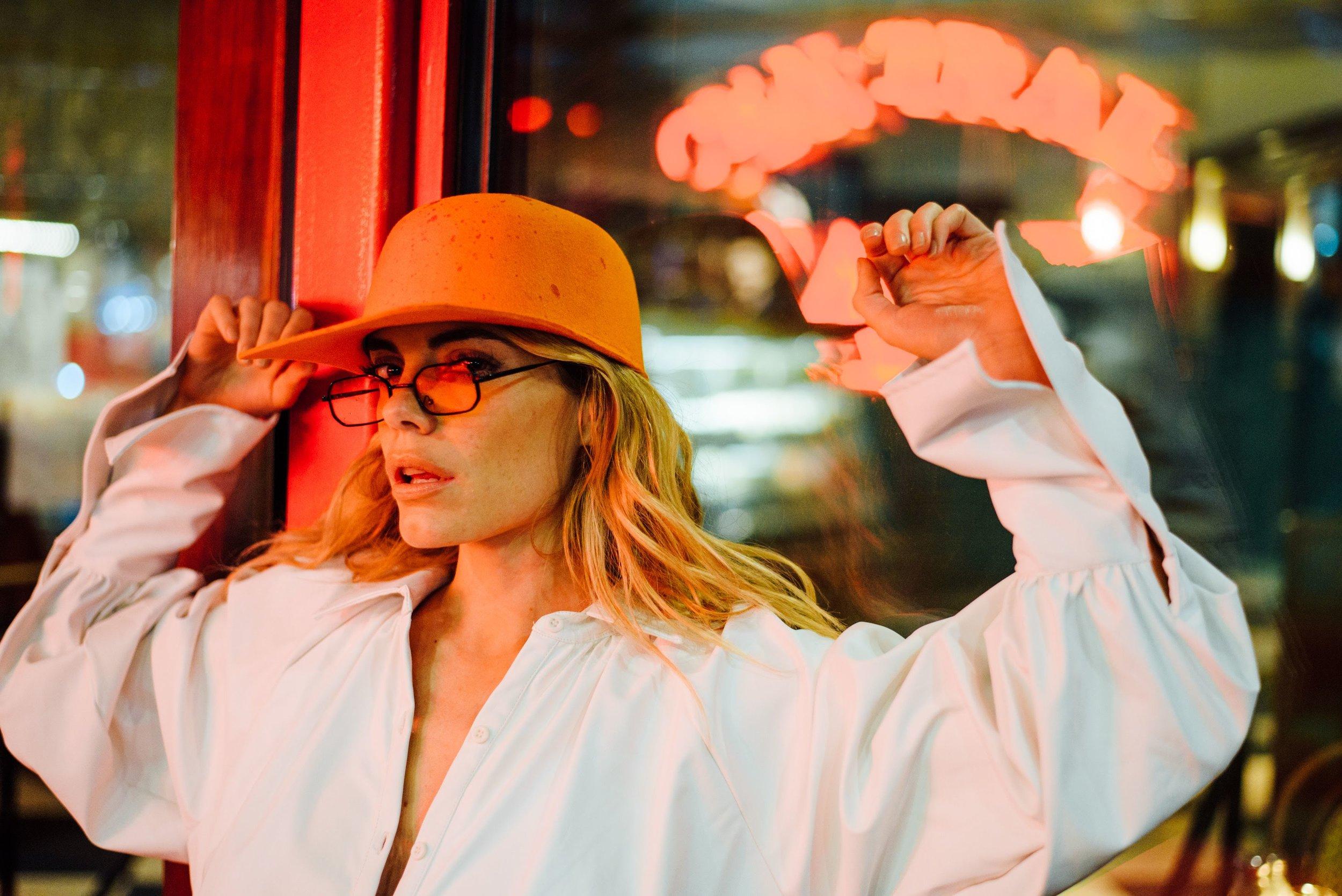 Emilia Attias en NYC por Malvina Battiston 2018 268.jpg