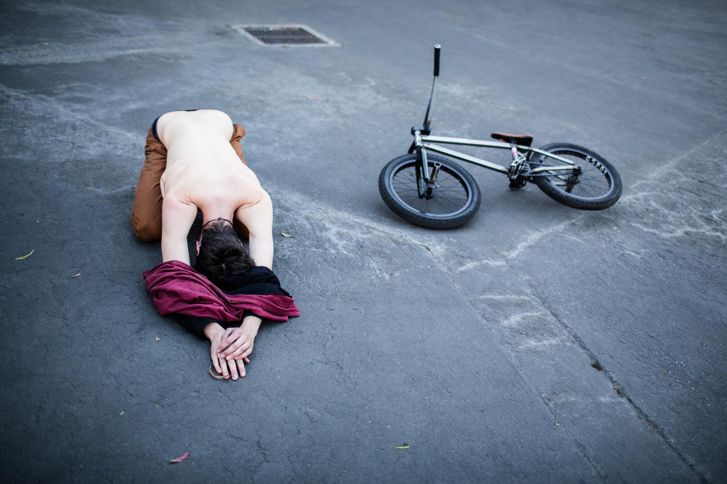 David-Grant-BMX-Stretching-Fall-Devin-Feil.jpg