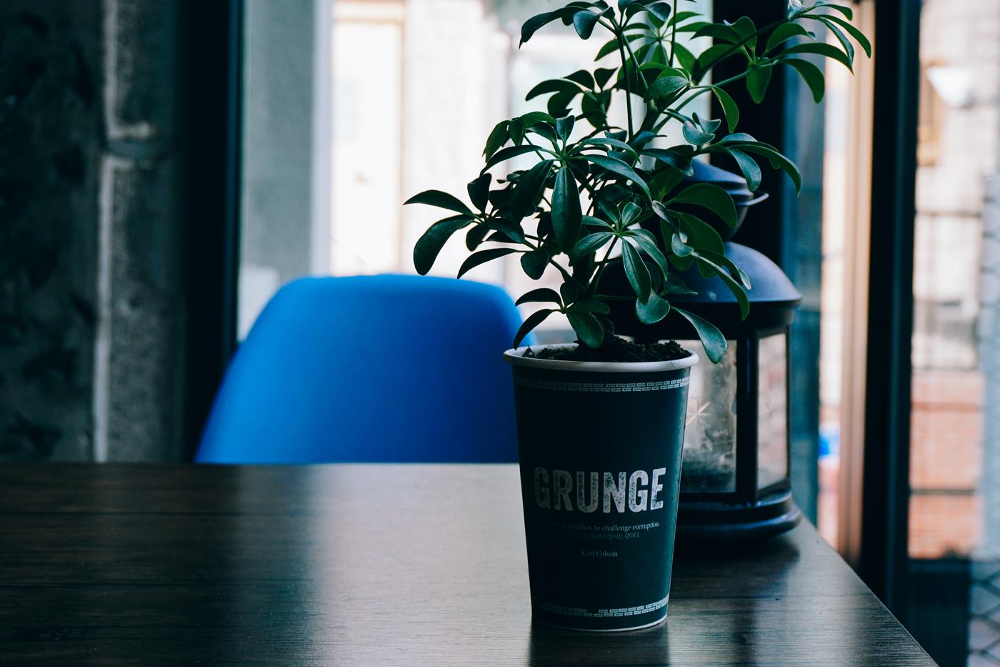 GrungeCafe11.jpg