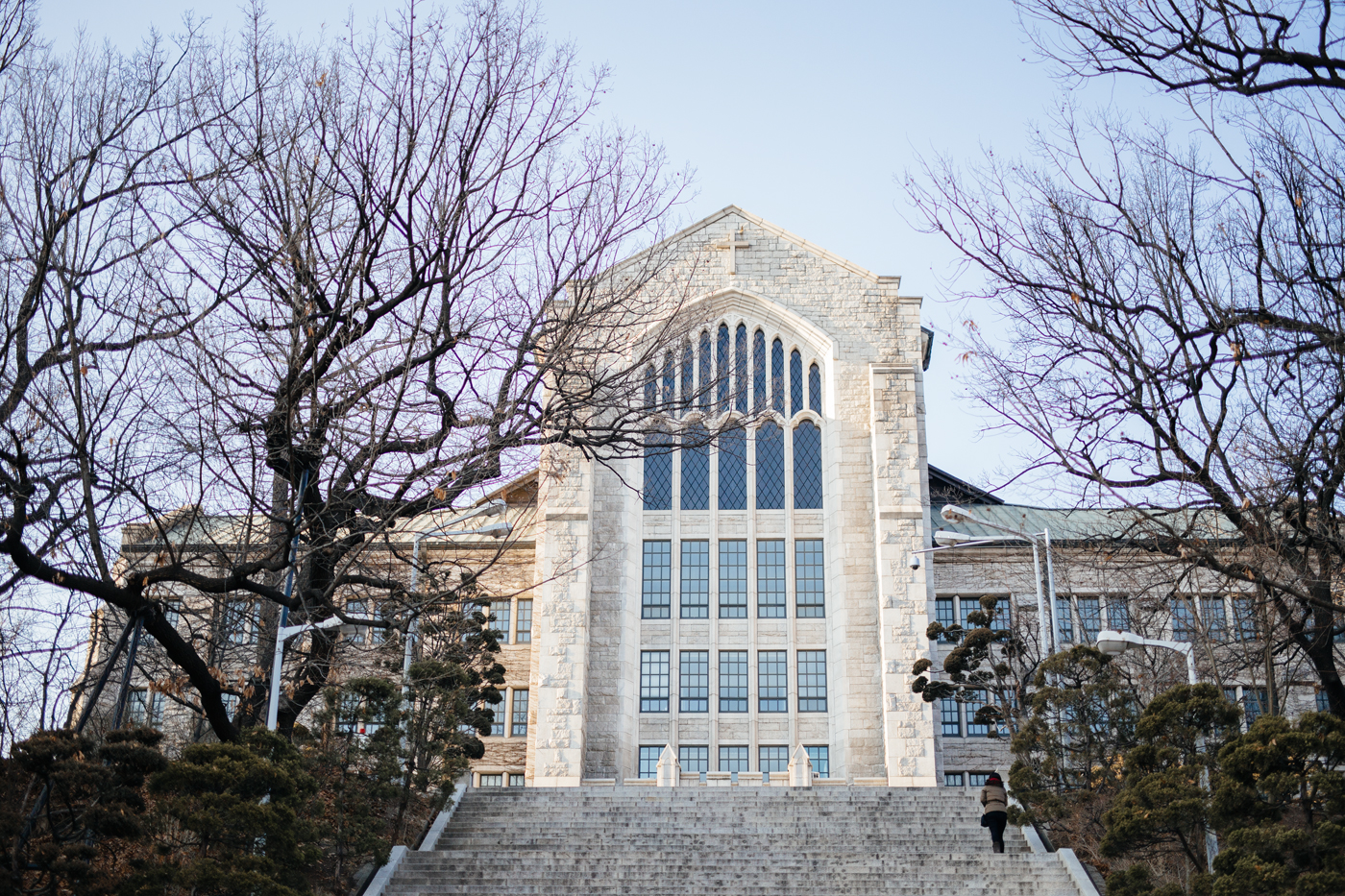 Winter in Seoul: Ewha Campus Complex (이화여자대학교), Seoul, South Korea.